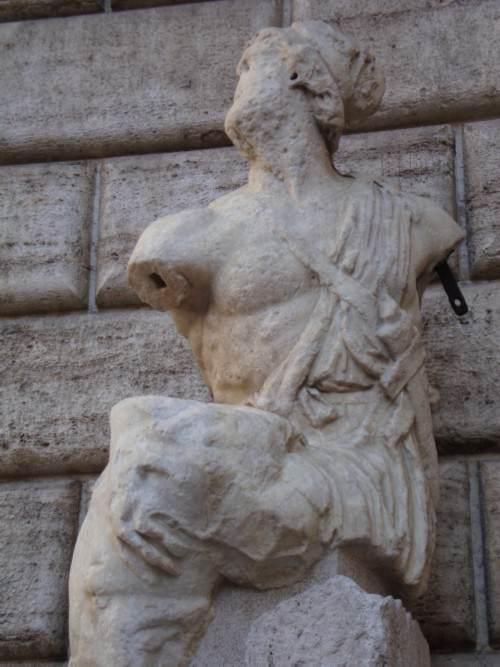 Pasquino e le statue parlanti di Roma